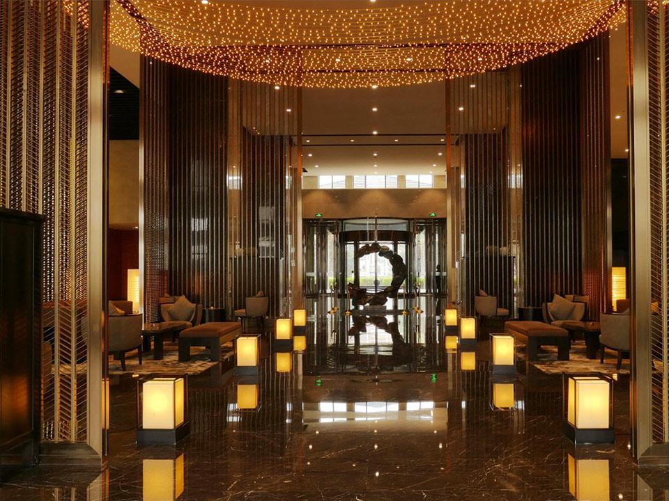 欧创不锈钢为天荟公馆提供定制服务