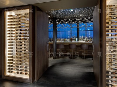 重庆卡罗兰西餐厅嵌墙酒柜